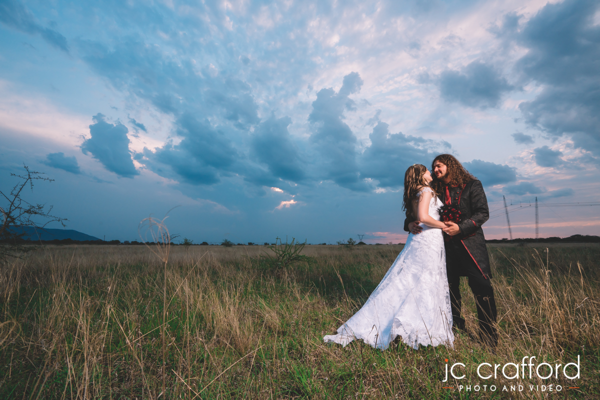 JC Crafford Photo and Video wedding photography at Fatherland estate in Brits TD