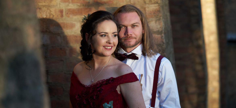 Riverside-Castle-Wedding-Video-Graham-and-Yolandi