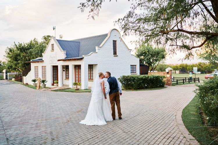 JC Crafford Photo and Video wedding Photography at Bronberg restaurant in Pretoria JS 43